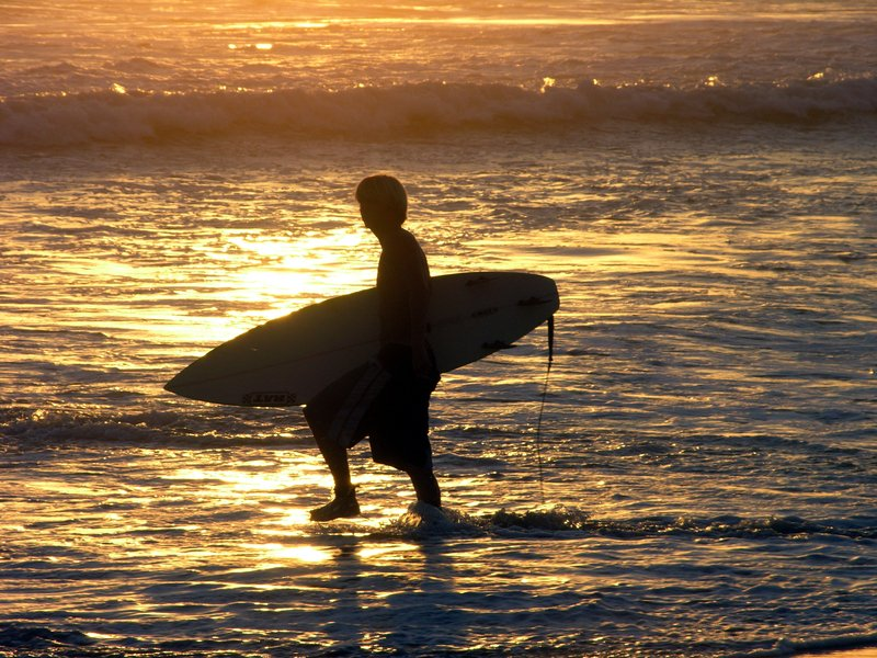 Enjoy YOLO boarding in the beaches along 30Aand discover why this sports has become famous in the area.