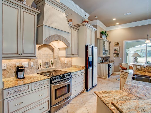 A fully furnished kitchen is what you need to cook delicious meals gfor your family's gastronomic delight and this home on 4334 Carriage Lane provides exactly that.